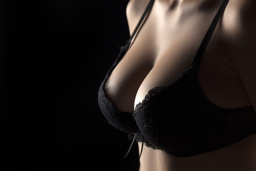 A woman who had a breast augmentation procedure in Troy, MI